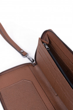 Premium grained leather organizer