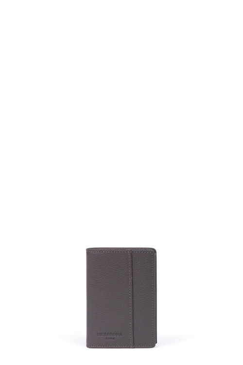 Grained leather card case