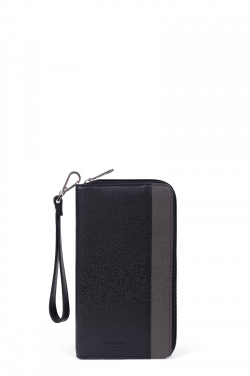 Grained leather organizer