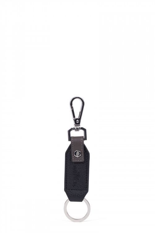 Grained leather key holder