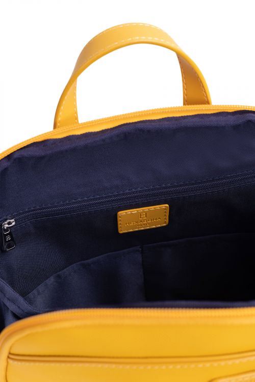 A4 backpack with tablet compartment